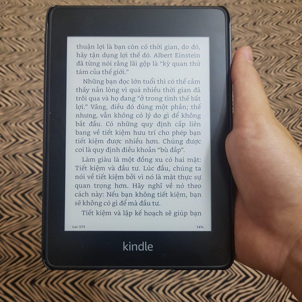 Có nên mua máy đọc sách Kindle