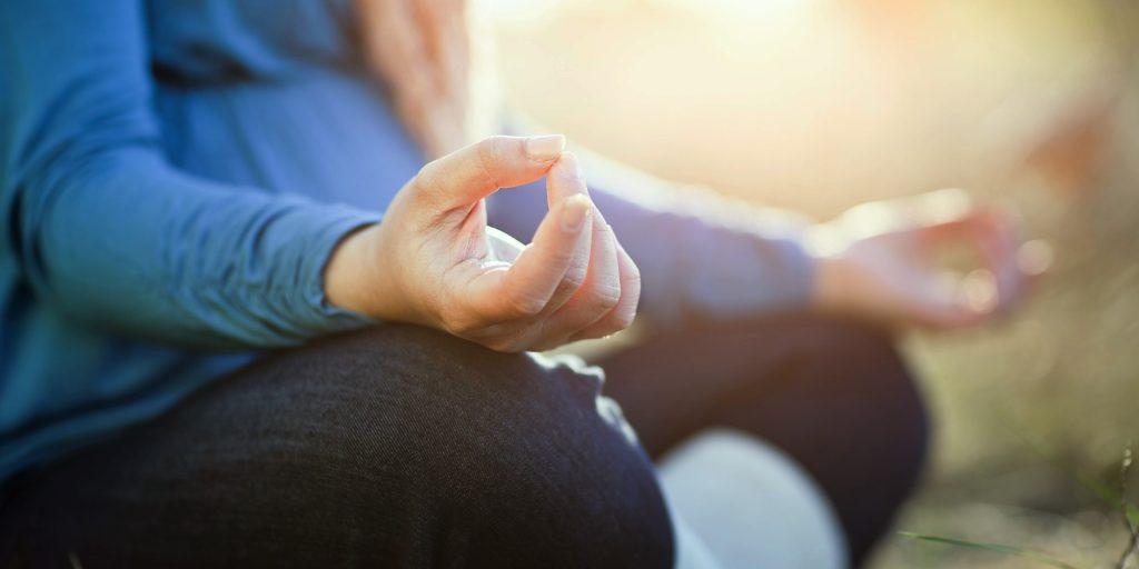Thiền kiếm soát cảm xúc
